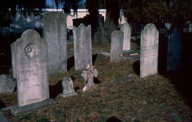 biloxi-cemetery-5-nicole-young_jpg