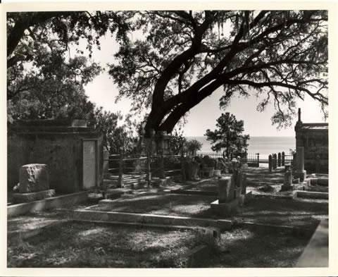 biloxi-cemetery-hinman_jpg